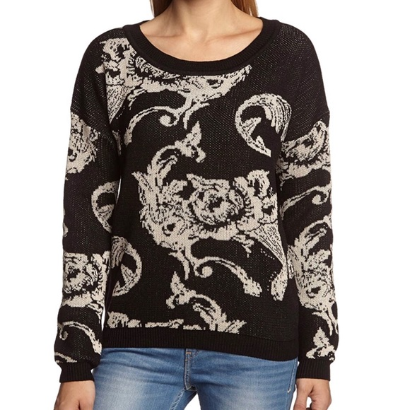 ONLY Ornamental long sleeve knit sweater -SIZE M